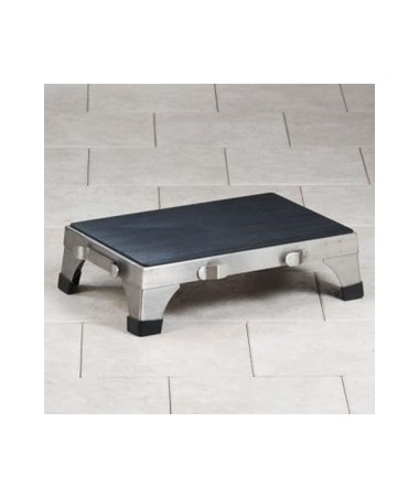 Single step stool