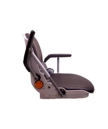 Flip up armrests